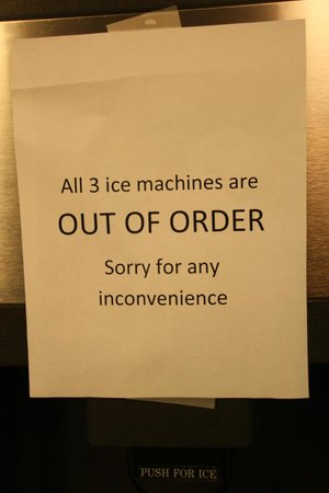 Hampton Inn North Mobile / Saraland: ALL THREE ice makers out of order!