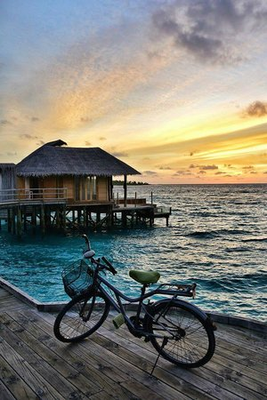 Six Senses Laamu : At the end of Jetty A.