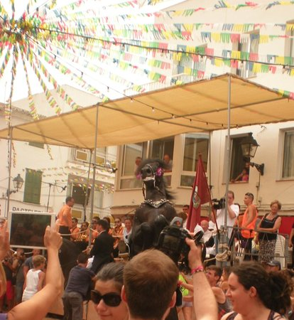 Hotel Spa Sagitario Playa: festa Mercadal