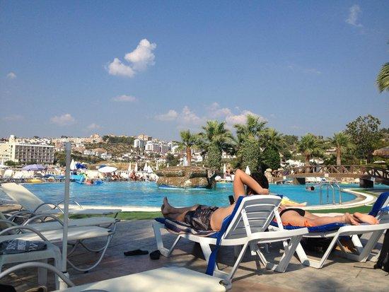 Palmin Hotel : Pool Area