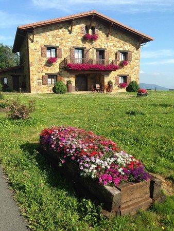 Hotel Lurdeia: Casa Rural Lurdeia en julio 2014