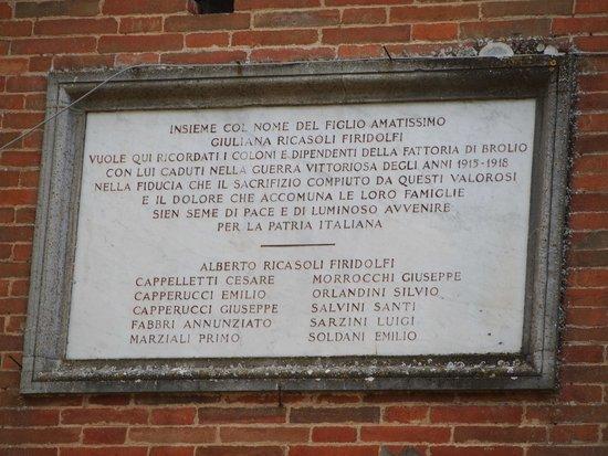 Castello di Brolio : History on the wall