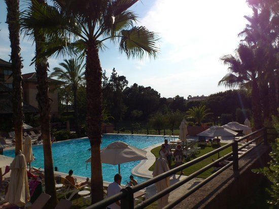 Islantilla Golf Resort Hotel: PISCINAS