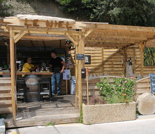Bon Restaurant Port De Hyeres