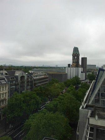 Swissotel Berlin: Blick zum Kurfürstendamm