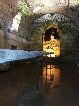 Palais de Dioclétien : interior do Palácio de Diocleciano