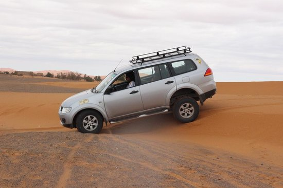Sahara Desert Crew : The 4x4 we travelled in. Very comfortable