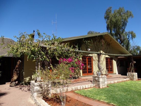 Kalahari Anib Lodge: Main Lodge