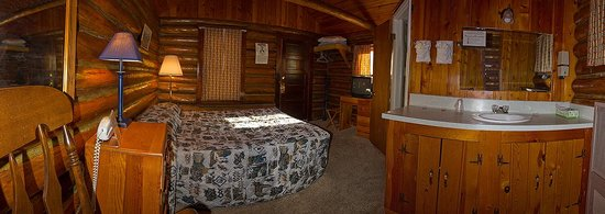 Mountain View Motel and Campground: Cabin Interior View at the  Mountain View Motel Buffalo Wyoming