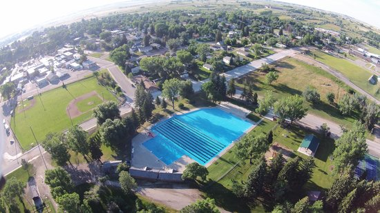 Mountain View Motel and Campground : The Mountain View is the Closest Loding to Buffalo's Free Pool, which is the Largest pool in Wyo