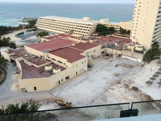 Krystal Grand Punta Cancun: The view from our room. Jackhammers started at 7am!