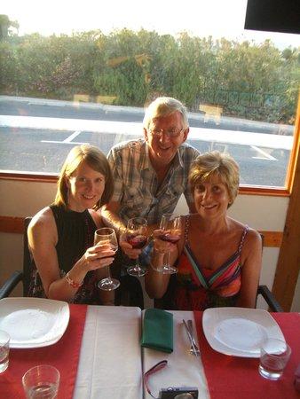 Buon Italia: Enjoying the delicious sangria