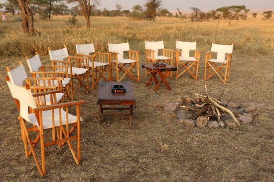 Nieleze Serengeti Camp : Il falo' prima di cena