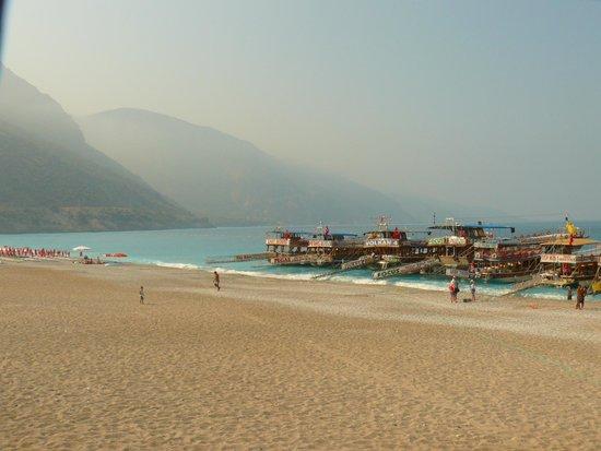 Dorian Hotel: Пляж