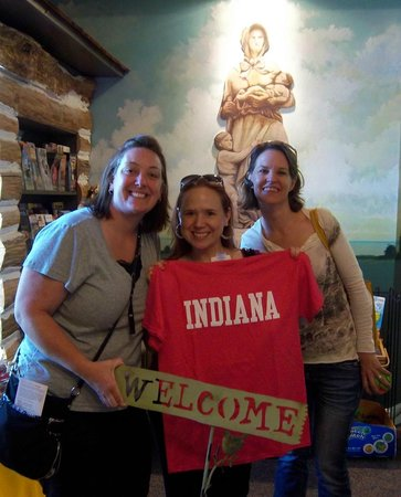 Old National Road Welcome Center: Visitors to the Welcome Center