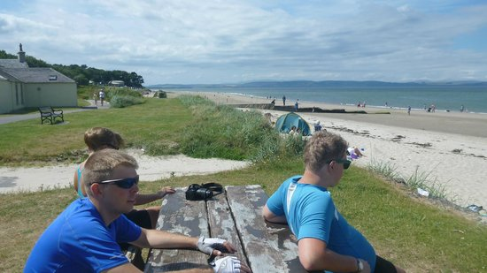 Nairn Beach : 2 more young norwegians at/ on the beach