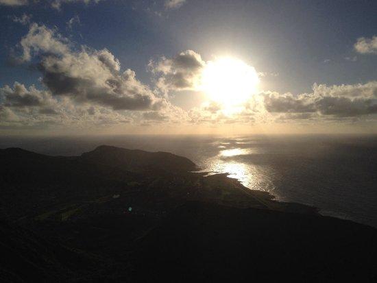 Discover Hawaii Tours: Sunrise at Koko Head!