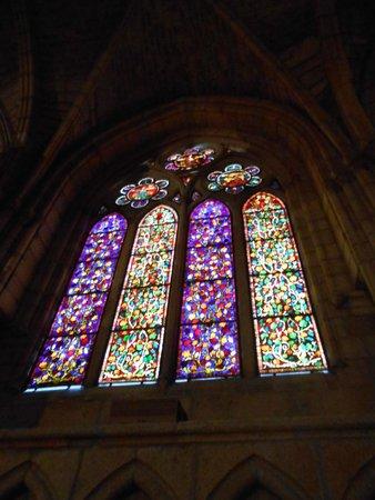 Catedral de León - Santa María de Regla: vidriera