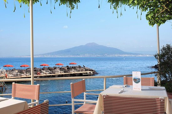 Grand Hotel Ambasciatori: View Beach + Snack-Bar