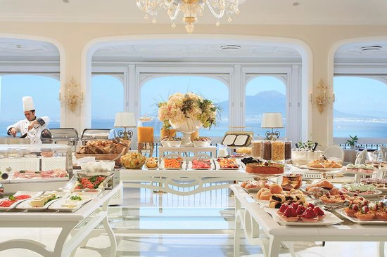 Grand Hotel Ambasciatori: Buffet Breakfast
