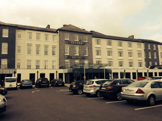 Actons Hotel Kinsale: Hotel front