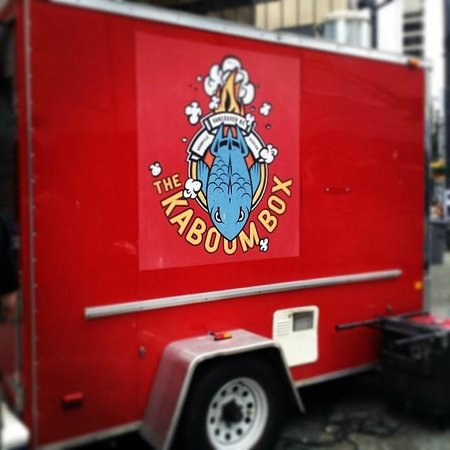 Vancouver Foodie Tours: Kaboom Box Food Truck