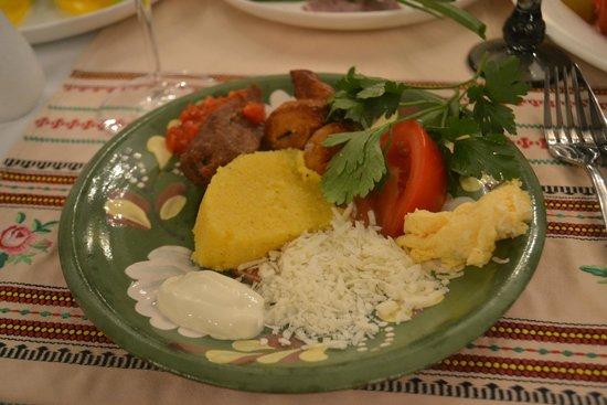 Молдова: знатный ужин