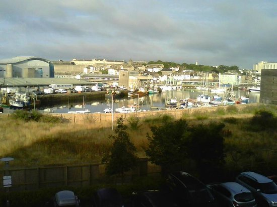 Premier Inn Plymouth City Centre (Sutton Harbour) Hotel: View from the bedroom