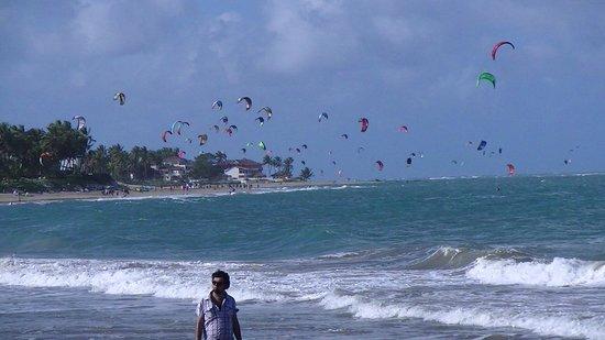 Cabarete Beach: view of the beach fun