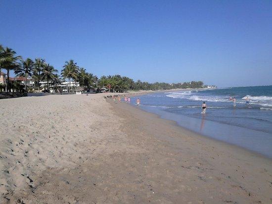 Cabarete Beach: looking down the beach.