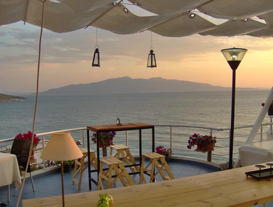 Seaside Saranda Hotel: Corfu from roof terrace