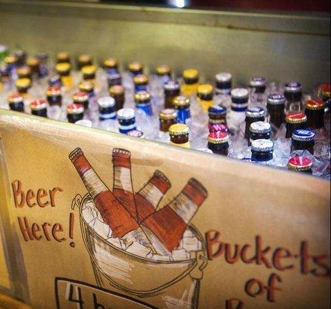 City Barbeque Reynoldsburg: Bottled Beer