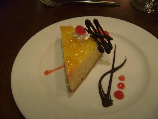Melia Caribe Tropical: Pineapple/coconut cheesecake