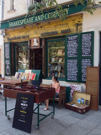 Librairie Shakespeare and Company : Love