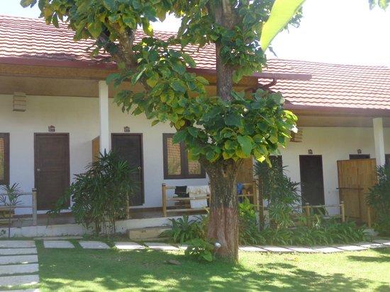 Casa Asia : leschambres (jumelées mais terrasses séparées)