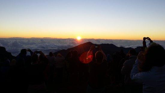 Mountain Riders : sunrise at top of Haleakala