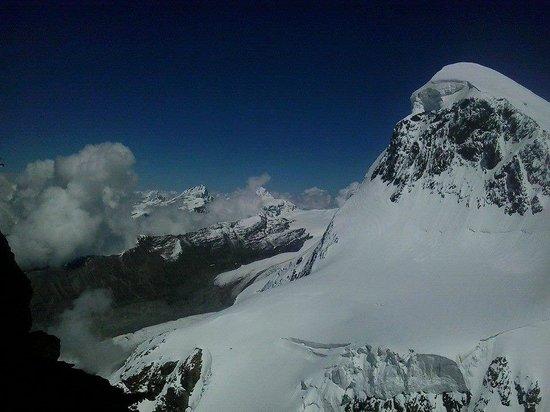 The Matterhorn: widok z trasu widokowego