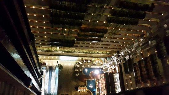 Maksoud Plaza : Vista do corredor do meu quarto 19° andar