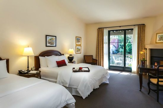Spanish Garden Inn : Double Queen Room