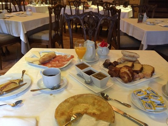 La Casona del Pio: Fantástico desayuno con todo hecho en casa! Inmejorable!
