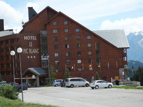 Hôtel Le Pic Blanc : hotel