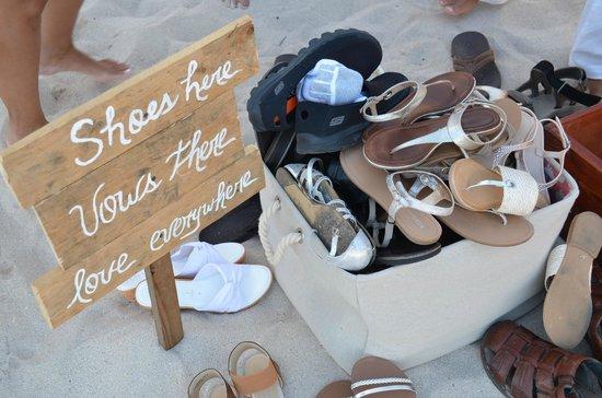 Iberostar Hacienda Dominicus : Barefoot everyone