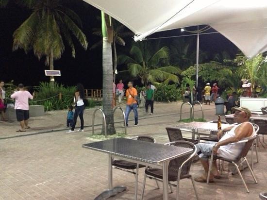 Portobelo Beach: Afuera del hotel
