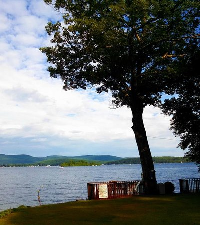 O'Connor's Resort Cottages: View from one of the lakeside decks
