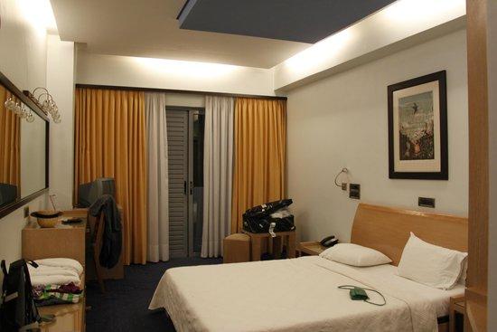 Centrotel Hotel: kamer aan voorzijde hotel