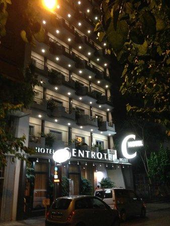 Centrotel Hotel: voorzijde hotel