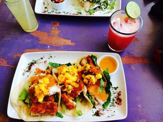Mango Cafe: Fish Tacos