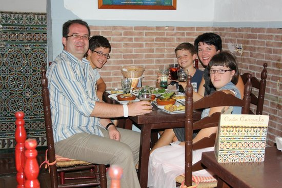 Casa Carmelo Tapas & Sevillian Gastronomy: Great family dinner