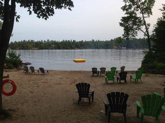 Lantern Bay Resort: Beach