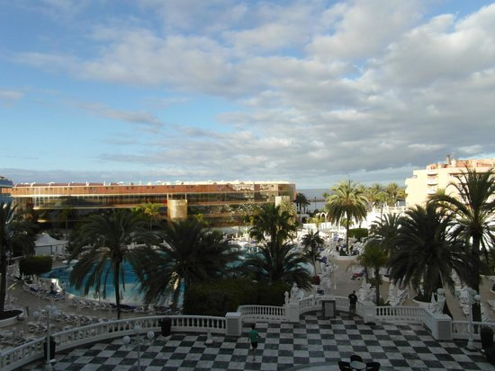 Mediterranean Palace Hotel: View from third floor pool view room